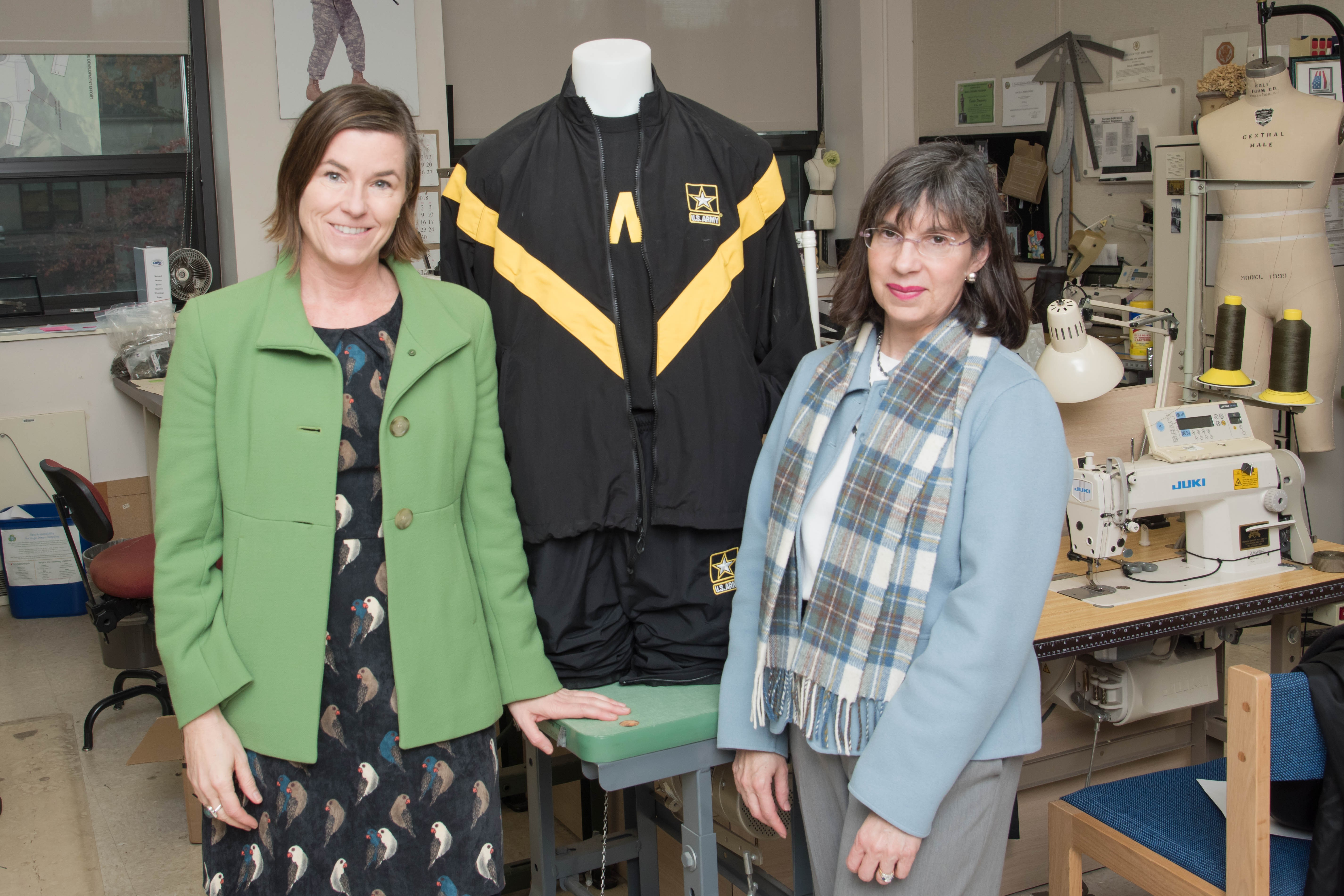 Designing Excellence Rdecom Soldier Center Hosts Boston S School Of Fashion Design Article The United States Army