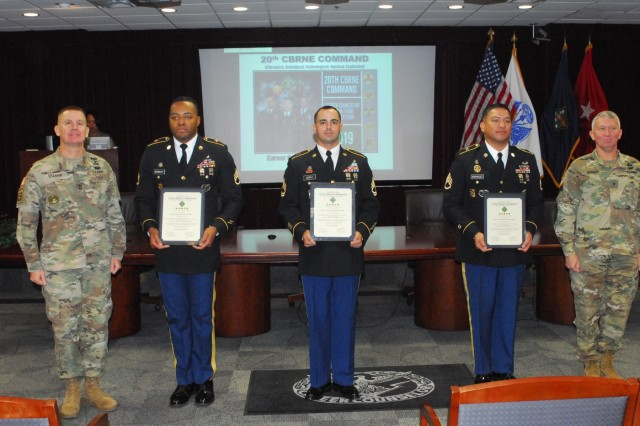 The competitors in the 2019 20th Chemical, Biological, Radiological, Nuclear, Explosives Command career counselor award included (from left) Staff Sgt. Robert Marbury, Sgt. 1st Class Robert Leitelt and Staff Sgt. Mario Rodriguez. Flanking the counselors are (left) Command Sgt. Maj. Kenneth Graham and Brig. Gen. James Bonner, commander, 20th CBRNE Command.