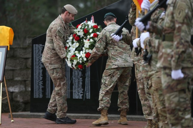 1st Special Forces Soldiers honor 74 years of Menton