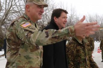 U.S. Ambassador Hagerty and USARPAC Commander visit Yama Sakura 75