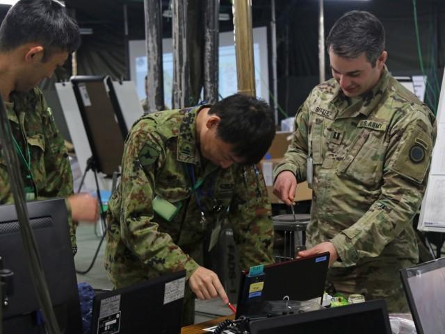 U.S. and Japan strengthen alliance at Yama Sakura 75
