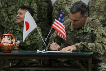 U.S. and Japan Army medical staff unite at Yama Sakura 75