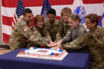 New York National Guard marks Guard Birthday with a cake cutting