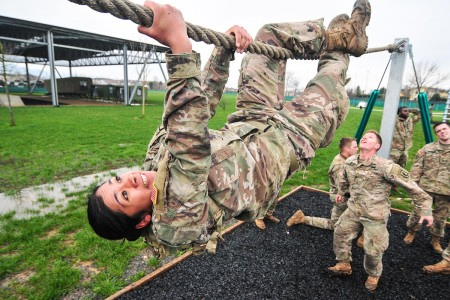 A Soldier navigates an obstacle course, March 20, 2018.