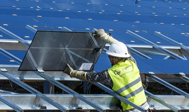 Sustainable Energy projects help Army garner award