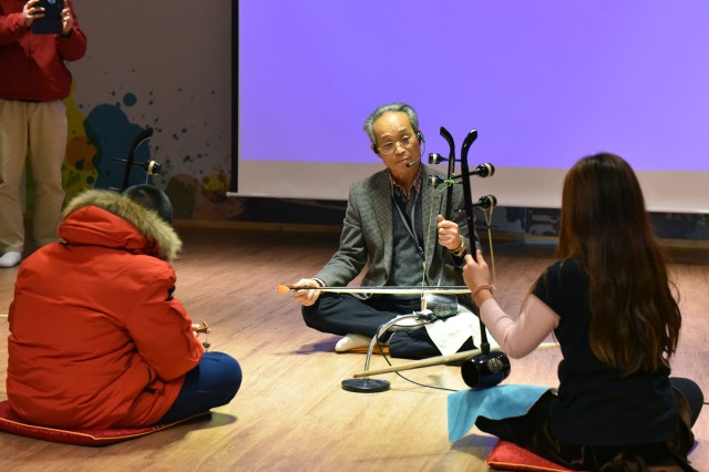 "Participants learned about Ji Young-hee, a Pyeongtaek native. He was nicknamed the ""Father of Korean Folk Music"" for his talent and the creation of Korean classical music."