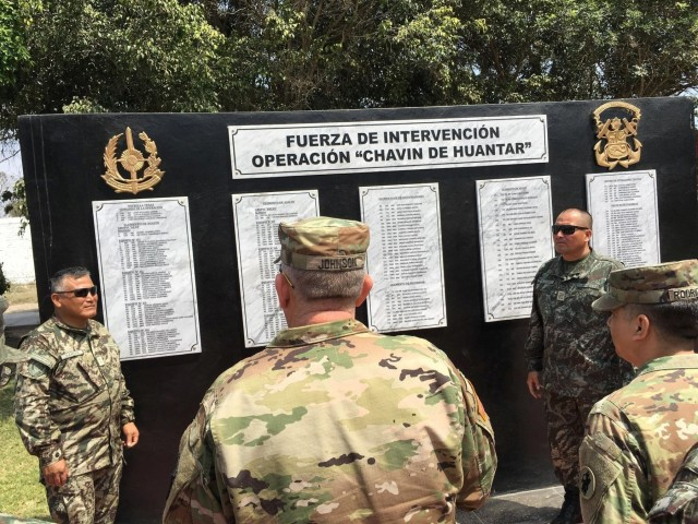 CASCOM, ARSOUTH discuss logistics modernization with Peruvian Army