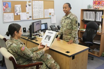 Mentorship program provides support to Army women