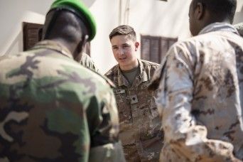 Information exchange prepares Djiboutian Soldiers for deployment to Somalia