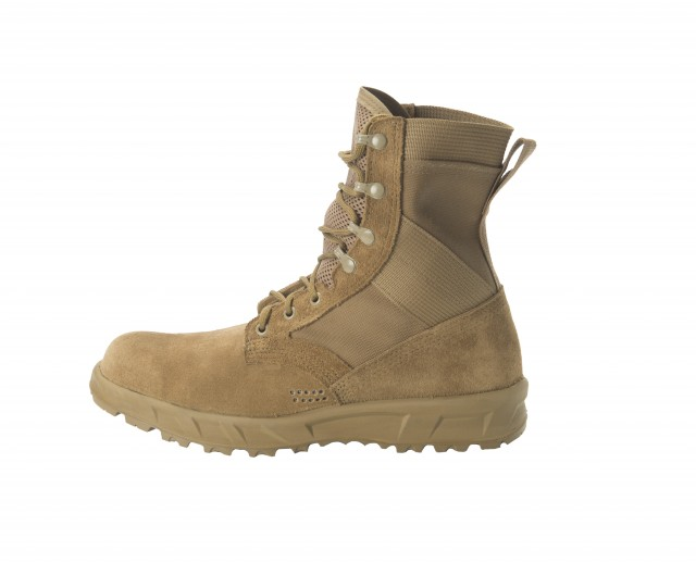 Soldier Center tests new Army combat boot prototypes