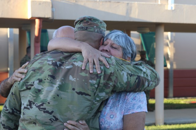 Army Reserve-Puerto Rico Soldiers return home
