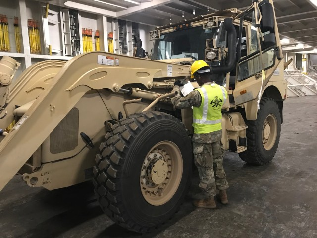 841st Transportation Brigade Moves 1-1ID to Europe