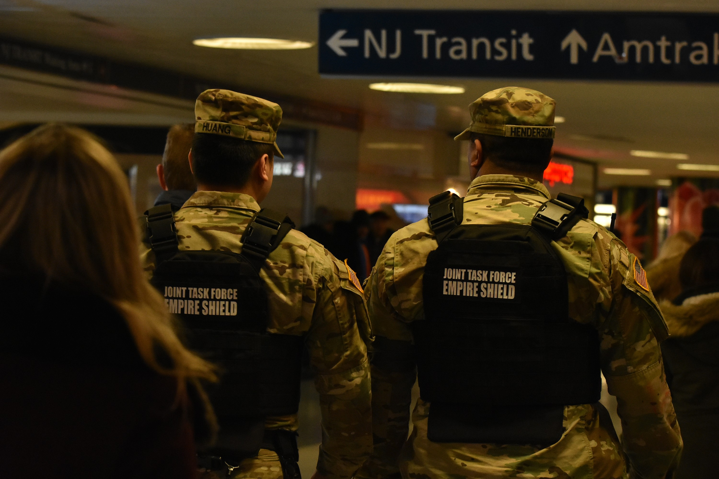 600a14448 New York National Guard Soldiers, Airmen assist law enforcement in ...