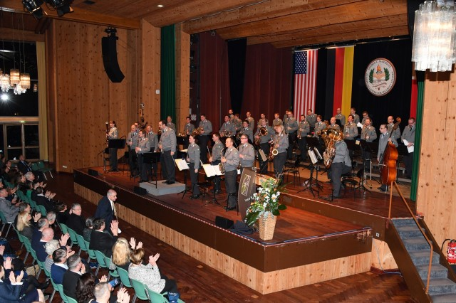 GARMISCH-PARTENKIRCHEN, Germany - The Gebirgsmusikkorps der Bundeswehr, based on Artillery Kaserne, plays live music to more than 500 townspeople, and Marshall Center staff and faculty at the  New Year's Reception cohosted by the City of Garmisch-Partenkirchen and Marshall Center German Element at the Kongresshaus (Congress Hall) Jan. 23 here. For more photos, please visit the Marshall Center Photo Gallery. (DOD photo by Karl-Heinz Wedhorn/RELEASED)