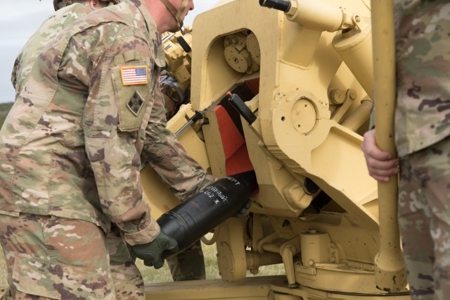 A U.S. Army artillery adviser with the 3rd Security Forces Assistance Brigade loads a 122mm Howitzer 2A18 (D-30) during a training exercise at Fort Hood, Texas on Jan. 10, 2019. The artillery team with the 3rd SFAB will become experts on the D-30 to advise foreign security forces that utilize such weapons.