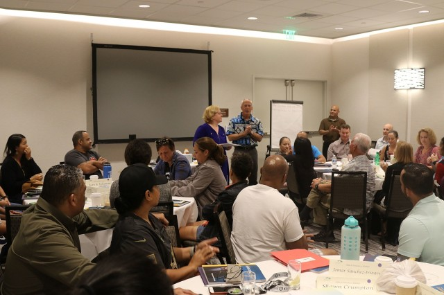 HONOLULU, Hawaii - The 9th Mission Support Command Chaplains Office hosted the first Financial Stewardship Training - Strong Bonds Jan. 25 - 27 in Waikiki and plan six more training workshops across the Pacific.
