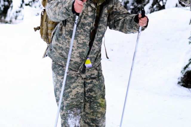 Oregon Army National Guard Staff Sgt. Casey Baldwin, with Delta Company, 2nd Battalion, 162nd Infantry Regiment, 41st Infantry Brigade Combat Team, learns to cross-country ski during Westie Avalanche Exercise, Jan. 26, 2019, at E.C. Manning Park, British Columbia, Canada.