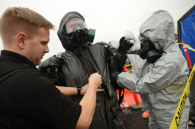 National Guardsmen confront chemical attacks during Bay Area exercise