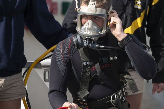 Army divers must be able to communicate with the crew above before going on a deep-sea dive. Though they must operate underwater with little instruction, a deep-sea diver will have the only view of the operation.