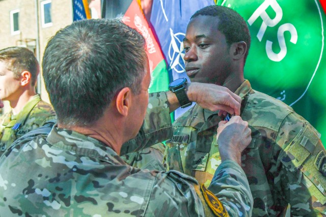 101st Airborne Division Soldiers Earn Distinguished Flying Cross