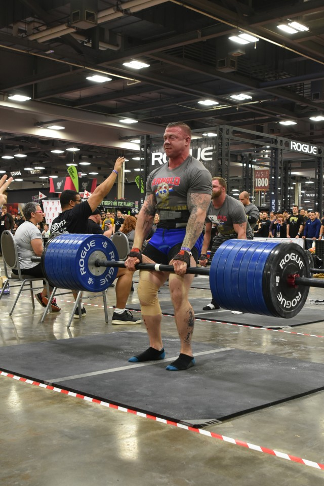 New Army fitness team showcases Soldier capabilities at competition debut