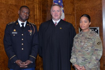 Tradition: N.Y. Army National Guard Soldiers become citizens