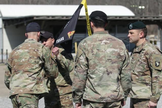 Air Assault school changes command