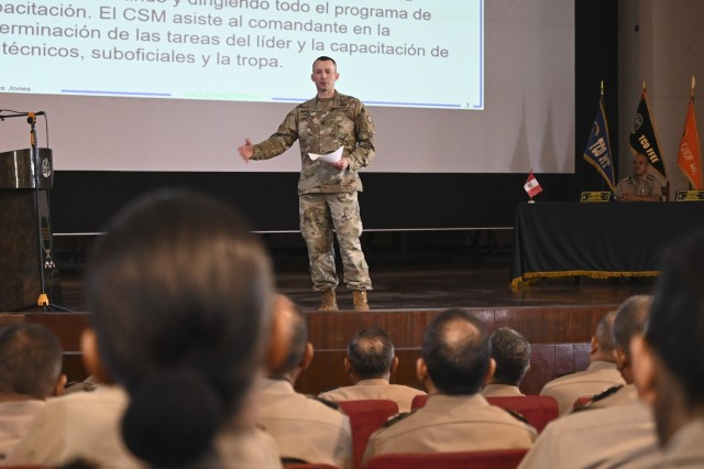 West Virginia Army National Guard state command sergeant major, Command Sgt. Maj. Dusty Jones, discusses the role of the command sergeant major in the United States Army for members of the Peruvian senior enlisted corps March 25, 2019, in Lima, Peru. Members of the West Virginia National Guard provided a week-long training on non-commissioned officer (NCO) development planning and implementation for the Peruvian Army's senior NCOs.