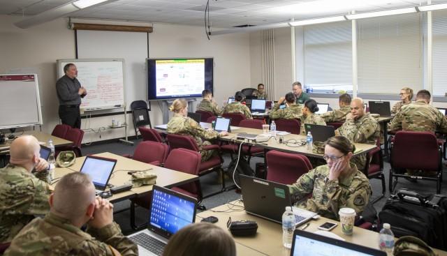 D-270 workshop provides key IPPS-A migration process information to Fielding Group 4