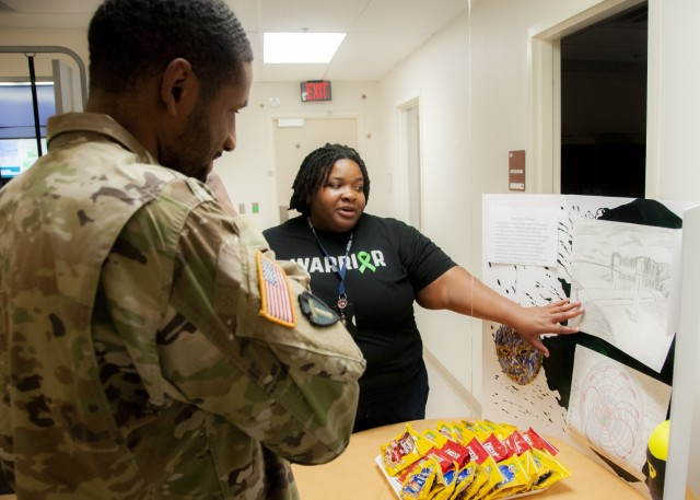 Fort Bliss TBI Clinic showcases multidisciplinary care during open house