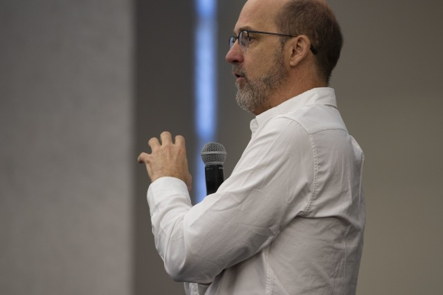 """Anthony Edwards, """"ER"""" and """"Top Gun"""" actor, speaks at Scott Air Force Base, Ill., during a 1in6 presentation, which helps to fight stigmas attached to male sexual assault, Oct. 29, 2018."""