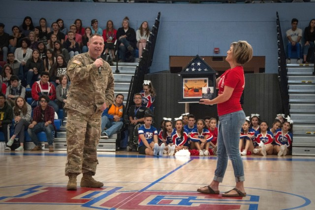 WBAMC Soldier thanks local high school which inspired during
