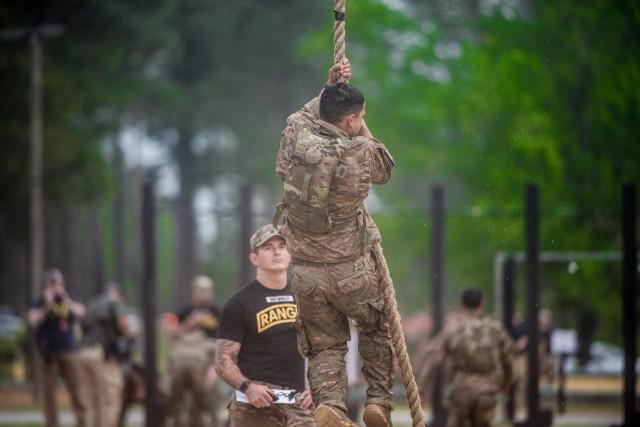 Rope climb, Malvesti Field obstacle course
