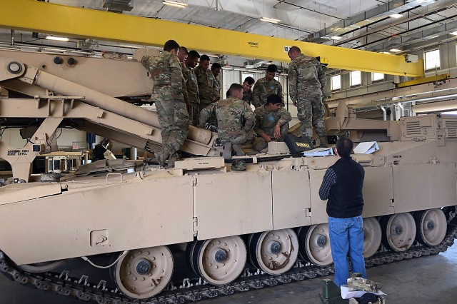 Engineer Soldiers from Alpha and Bravo Company, 40th Brigade Engineer Battalion (BEB), 2nd Armored Brigade Combat Team, 1st Armored Division at Fort Bliss, Texas, conduct Field Level Maintenance New Equipment Training (FLMNET).