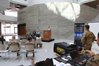 Army cyber Soldiers, civilians join with Northeastern University for Cyber Day