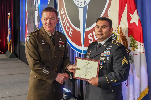 General James McConville, Vice Chief of Staff of the United States Army presents The Silver Star to Sgt. Armando Yanez during a ceremony at the Army Aviation Association of America Summit 2019 in Nashville, Tennessee April 16, 2019. Yanez, who is assigned to Company C, 6th Battalion, 101st Combat Aviation Brigade, 101st Airborne Division (Air Assault), earned The Silver Star for heroic actions in support of U.S. Army forces in Afghanistan July 12, 2018. The AAAA summit is an event during which the entire Army Aviation community gathers to focus solely on Army Aviation.