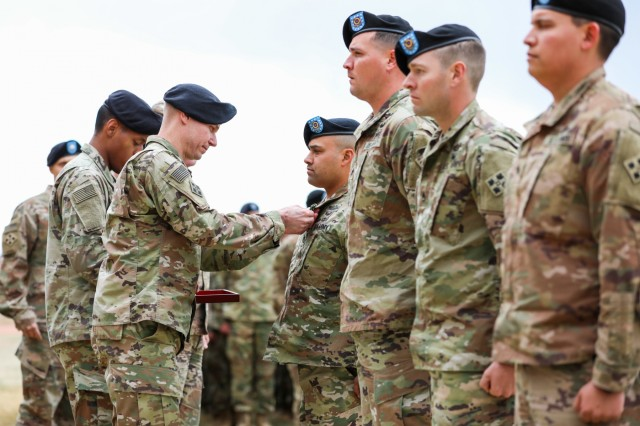 Four 'Stalwart' Soldiers receive valor awards