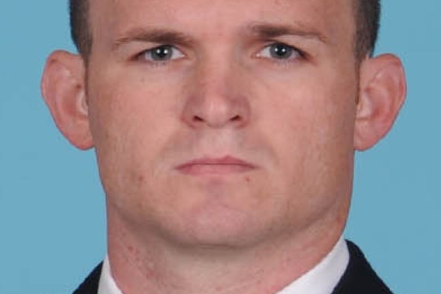 Sgt. 1st Class Justin Lowell Goff, a Soldier from U.S. Army Special Operations Command, died during an off-duty, civilian free-fall accident at Ocean Isle, North Carolina. An investigation is ongoing by civilian authorities.