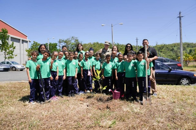 Brig. Gen. Dustin A. Shultz, senior federal Army officer in the Caribbean planted a fruit tree with students of the 4H club at the elementary school Eli Ramos Rosario, April 23, as a way to celebrate the 111th Army Reserve birthday, in direct connection with the local communities.