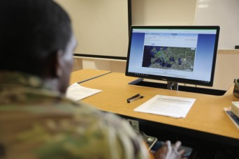 Junior Enlisted Logisticians Expand Knowledge at Workshop