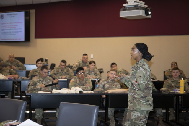 Saving Lives on the Battlefield -- Deploying 1st TSC Soldiers Learn Critical Casualty Combat Care Skills
