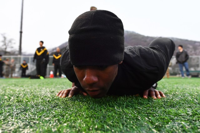 Pfc. Tyrell Brereton, Bronx, New York native, technical engineer, 2nd Infantry Division 2nd Sustainment Brigade, 2nd Infantry Division/ROK-U.S. Combined Division, performs the hand-release push-up, during the Army Combat Fitness Test event of the 2019 2ID Best Warrior Competition at Camp Casey, Republic of Korea, April 18. The top officer, warrant officer, noncommissioned officer, junior enlisted Soldier, and Korean Augmentation to the U.S. Army (KATUSA) within the division will proceed onto the Eighth Army BWC, May 11.