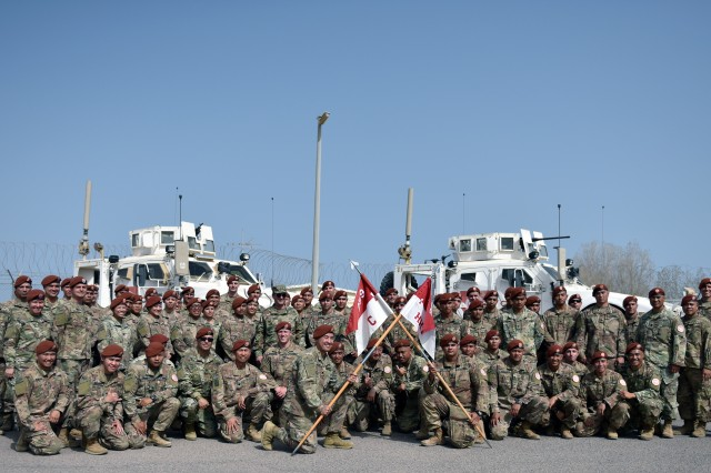 Air Force Gen. Joseph Lengyel, chief, the National Guard Bureau, poses with troops with the 1st Squadron, 299th Cavalry Regiment, Hawaii National Guard, during Lengyel's visit to the Multinational Force and Observers, the Sinai Peninsula, Egypt, May 1, 2019.