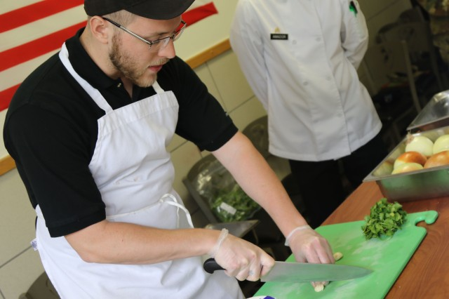Soldiers from 120th Quartermaster Company, 1st Special Troops Battalion, 1st Cavalry Division Sustainment Brigade assigned to Freeman Café, conducted training for the revamped Go for Green 2.0 program. The training was led by instructor Matthew Kominsky, a food technologist with Armed Forces Recipe Services, took place April 16-19 at Fort Hood.