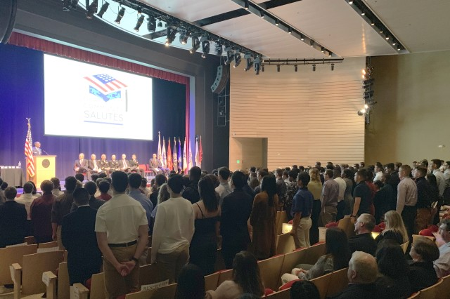 Around 600 attendees—a majority of whom were family members, guardians, and guests of the enlistees— joined civic leaders, service members, and veterans to show their appreciation and support for the young men and women of Massachusetts who have pledged to enlist in one of the branches of the Armed Services. Nearly half of the approximately 250 students recognized at this event plan to enlist in the Army, Army Reserves, or Massachusetts Army National Guard.