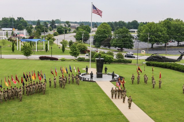 Soldiers of the 101st Airborne Division proudly stand to welcome incoming division senior enlisted advisor, Command Sgt. Maj. Bryan D. Barker, during his assumption of responsibility ceremony, May 10, Fort Campbell, Kentucky. Barker enlisted in the U.S. Army in 1996 and has served in many positions from rifleman to command sergeant major throughout his career. (U.S. Army photo by Spc. Beverly Roche, 101st Airborne Division)