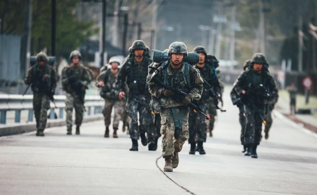 Bulldog Brigade Conducts Expert Infantryman Badge on the ROK