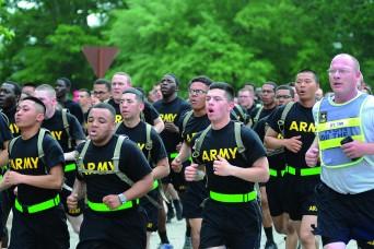 Running to remember: Community honors fallen military members
