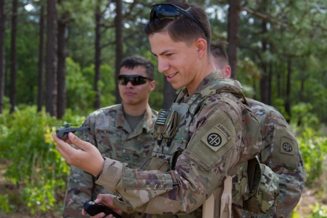 Pfc. Kyle Dinsmore, 1st Battalion-505th Parachute Infantry Regiment, HHC Scouts, 3rd BCT, 82nd Airborne Division gets his turn to use the system during the SBS fielding at Fort Bragg, N.C., May 2, 2019. Soldiers spent the week preparing for the flight exercise with classroom and hands on training.