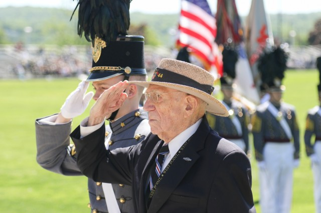 Alumni Wreath Laying Ceremony and Review at the U.S. Military Academy at West Point, May 21, 2019. The wreath was laid by retired Col. Doniphan Carter, USMA Class of 1944.